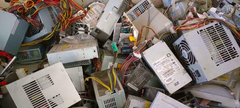 В  2019 году на свалки было выброшено 53,6 млн тонн электронных отходов