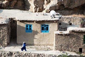 В ООН призывают талибов уважать права человека, в первую очередь женщин.