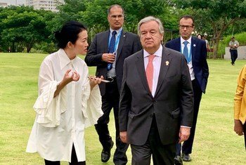 संयुक्त राष्ट्र महासचिव एंतोनियो गुटेरेश ने 2 नवंबर 2019 को थाईलैंड में बैंकाक शताब्दी पार्क का दौरा किया और क्लाइमेट मिटिगेशन प्रोजेक्ट देखा.