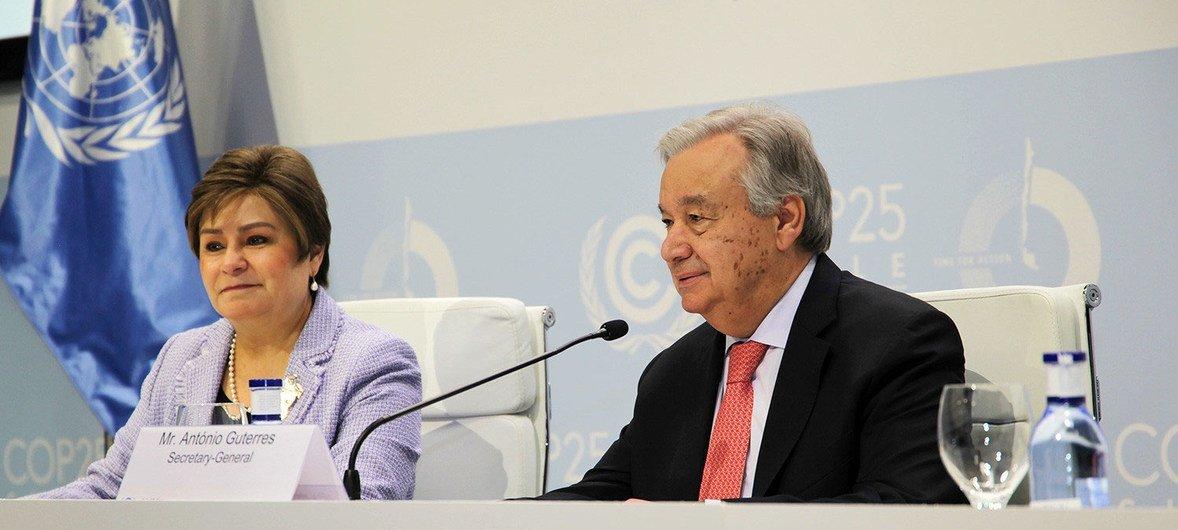 A secretária-executiva da Convenção da ONU sobre Mudança Climática, Patrícia Espinosa, e o secretário-geral, António Guterres, na COP 25.