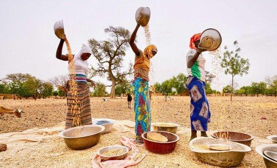 Entre as imensas necessidades básicas no Sahel estão abrigo, água, saneamento e saúde.