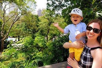 莎拉·科普兰德与她的儿子