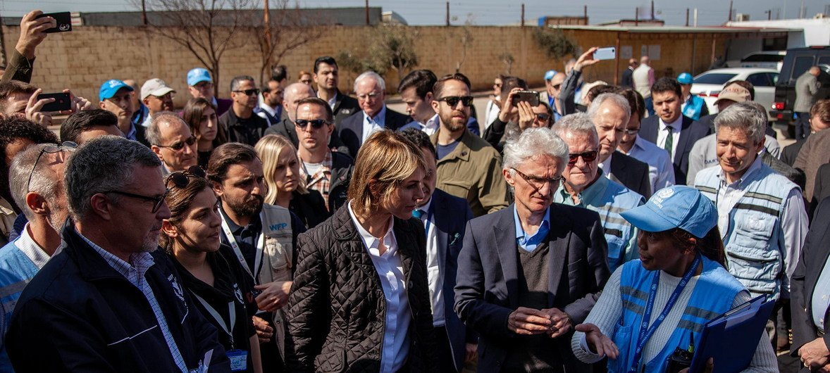 Lowcock defendeu que a operação de socorro para ajudar os sírios tem sido imensa.