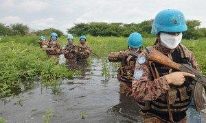 Les soldats de la paix de la MINUSS ont fourni une escorte sécurisée aux femmes locales