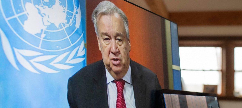 الأمين العام للأمم المتحدة أنطونيو غوتيريش يعقد مؤتمرا صحفيا افتراضيا بشأن آخر التطورات حول دعوته لوقف عالمي لوقف إطلاق النار خلال جائحة كوفيد-19.