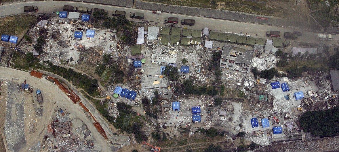 2008年5月24日,四川汶川地震后的鸟瞰图景。