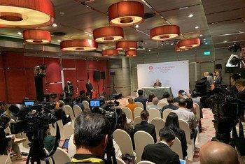 संयुक्त राष्ट्र महासचिव एंतोनियो गुटेरेश ने थाईलैंड की राजधानी बैंकाक में आसियान सम्मेलन को संबोधित करने के बाद प्रेस से भी बातचीत की. (3 नवंबर 2019)
