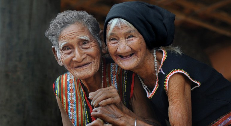 In Viet Nam, an elderly couple in their 80s appear to be enjoying life.