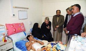 UN Special Representative Jeanine Hennis-Plasschaert visits injured protesters in al-Kindi hospital in Baghdad, Iraq. (November 2019)