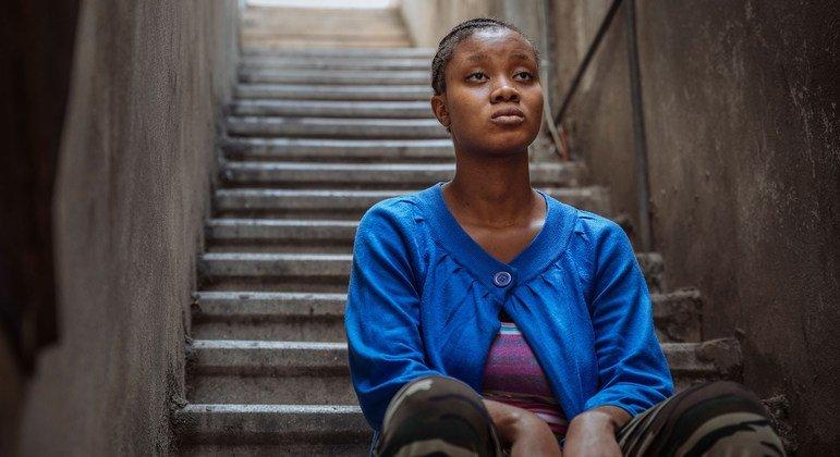 Agnes, de Sierra Leone, devait travailler dans un magasin comme vendeuse, mais au lieu de cela on l'a emmenée travailler chez quelqu'un.