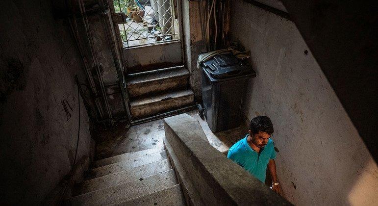 Au Liban, de nombreux migrants comme Faruk, du Bangladesh, ont perdu leur emploi avec la pandémie de Covid-19.