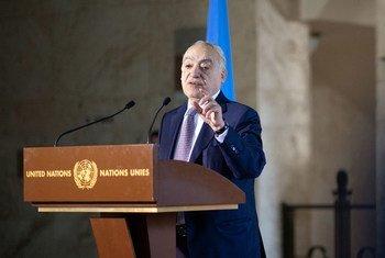 Ghassan Salamé, Représentant spécial du Secrétaire général de l'ONU et Chef de la Mission d'appui des Nations Unies en Libye, informe la presse à Genève.