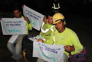 Más de 400 trabajadores de la construcción en proyectos ONU cuentan con herramientas y conocimiento para luchar contra el acoso sexual hacia las mujeres.