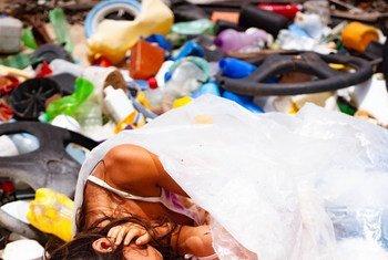 Ana Antillanca comenzó la asociación civil Menos Plástico es Fantástico para combatir el plástico inspirada por su hija.