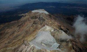 El glaciar Ayoloco del volcán Iztaccíhuatl, en el centro de México, se perdió debido al cambio climático.