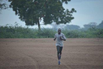 南苏丹田径运动员耶西·比尔(Yiech Pur Biel)被任命为难民署的亲善大使