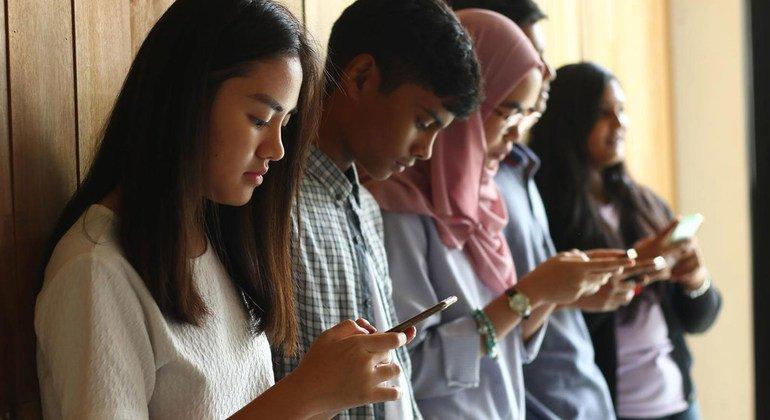 'Digital divide' will worsen inequalities without global efforts: new UN report