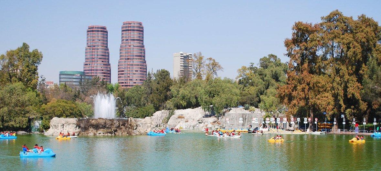 Lago Mayor de Chapultepec, Mexico City.