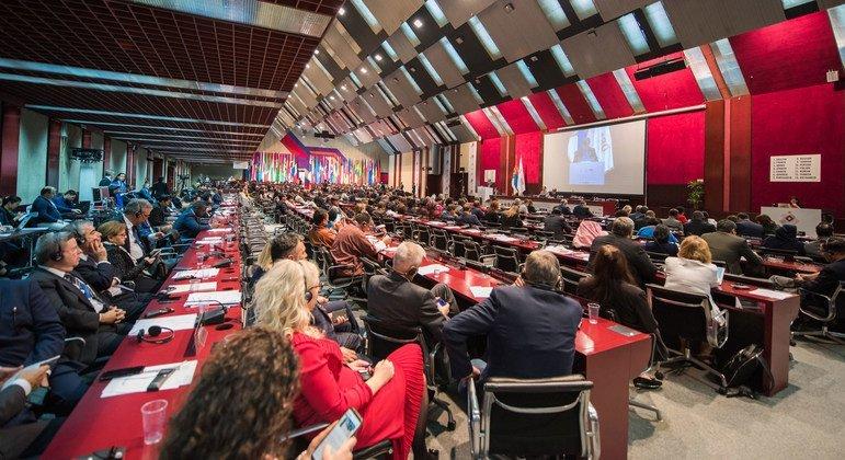 Diritti dei parlamentari dell'opposizione violati nel contesto delle elezioni in diversi paesi (IPU)
