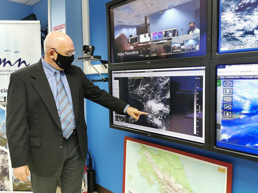Werner Stolz, director del Instituto Meteorológico Nacional de Costa Rica