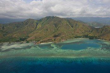 तिमोर-लेस्ते की राजधानी दीली के पास का एक हवाई दृश्य.