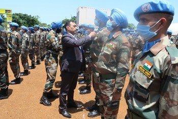 दक्षिण सूडान में, भारत के 836 शान्तिरक्षकों को, संयुक्त राष्ट्र पदक से सम्मानित किया गया है.