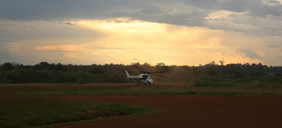A helicopter takes off from a MONUSCO base in Beni, North Kivu, for a reconnaissance mission. (file photo)