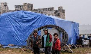 叙利亚伊德利卜一处难民营内的儿童。