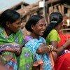 Mujeres en la villa de Bhatajhari, en la India