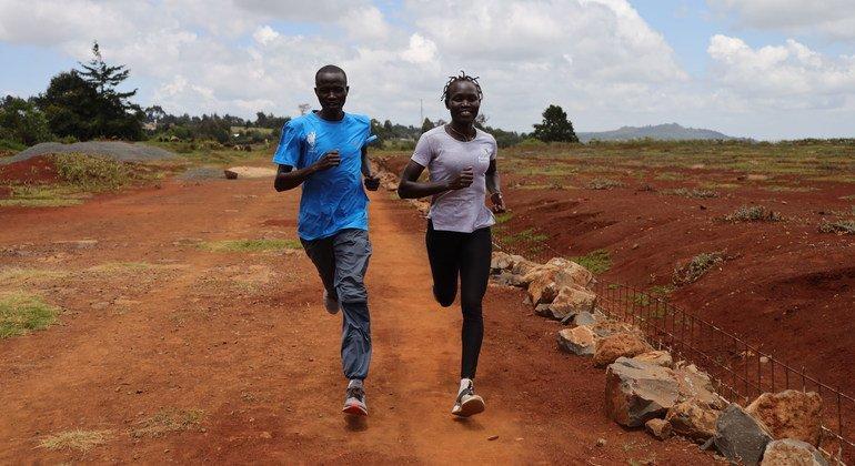 Роуз Натике Локоньен из Южного Судана - Легкая атлетика (женщины, 800 м), тренируется в Кении