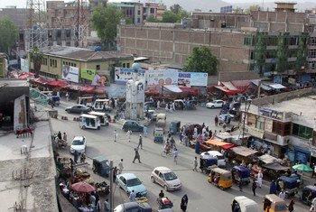 Une vue du centre de Jalalabad, capitale de la province de Nangarhar, dans l'est de l'Afghanistan. (archive)