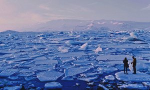 Calottes glaciaires à Jökulsárlón, Islande.