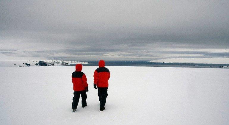 Buraco de ozônio na Antártida fechou no fim do ano após atingir recordes