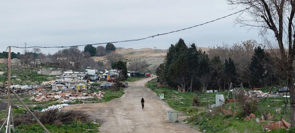Imagen del asentameirnto de la Cañada Real, un barrio pobre de Madrid, España.