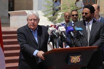联合国也门特使格里菲斯(Martin Griffiths)在访问马里卜期间向新闻界发表谈话。