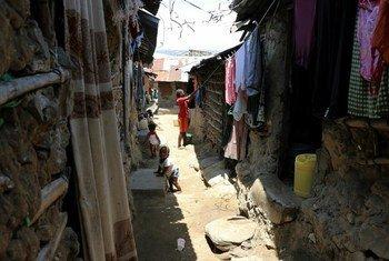 Wakazi wa makazi ya Moroto Simitini mjini Mombasa wameathiriwa sana na athari za kiuchumi za COVID-19.