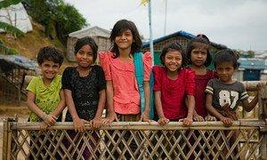 孟加拉国考克斯巴扎地区的库图帕朗难民营内居住着60多万处于无国籍状态的罗兴亚难民。