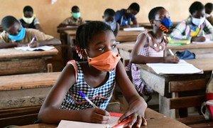 Des données ont permis de savoir que plus de 11 millions de filles risquent de ne pas retourner à l'école en 2020.