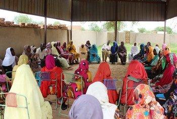 تجمع نسائي في دارفور.