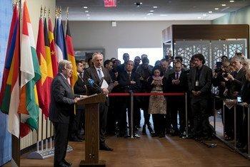 El Secretario General António Guterres se dirige a la prensa el 6 de enero de 2020 en Nueva York.