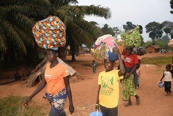 Com medo da violência eleitoral, centro-africanos fogem para a República Democrática do Congo