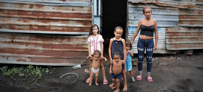 OCHA/Gemma Cortes Dioximar Guevara vive con sus cinco hijos en San Félix, un barrio pobre de Puerto Ordaz, la principal ciudad de Bolívar, Venezuela.