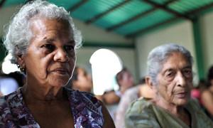 La comunidad internacional está enviando ayuda humanitaria a venezolanos que lo necesitan.