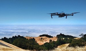 A drone flies over Mount Tamalpais in the United States.