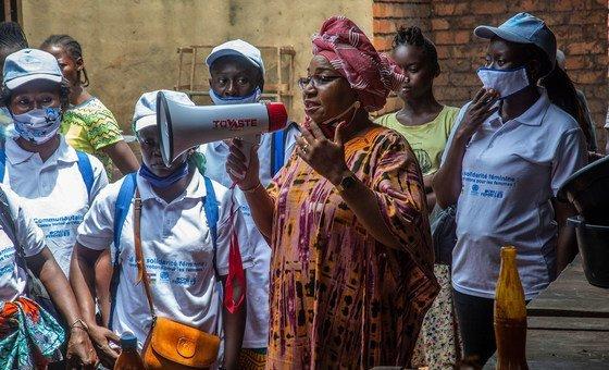 Lina Ekomo, uma ativista na República Centro-Africana, discursou no encontro virtual sobre mulheres, paz e segurança