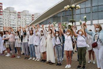 """У протестов в Беларуси """"женское лицо"""", считают в ООН."""