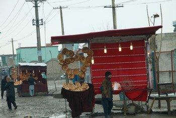 阿富汗昆都士的路边小贩。