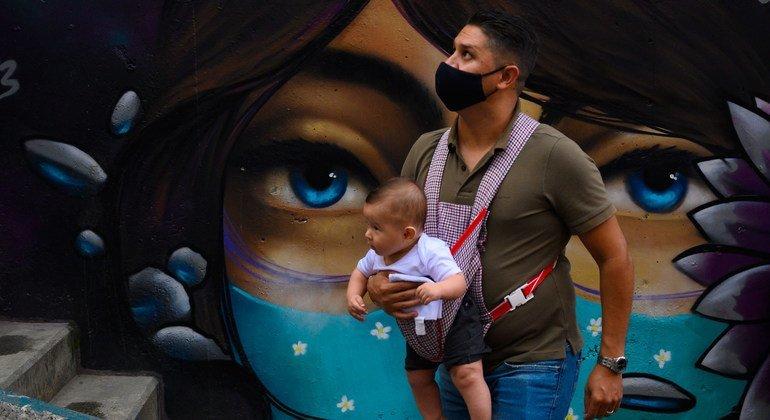 Vacuna COVID-19: ¿Por qué hay que seguir usando mascarilla después de recibirla?