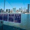 الإرشادات التوعوية في كل مكان حول العالم لاحتواء انتشار فيروس كورونا. في الصورة: مشهد من مدينة نيويورك حيث علقت نشرات توعوية بلغات عديدة