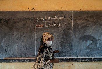 Niamey, 15 octobre 2020: Aminata, enseignante, est à l'école Hanti Goussou à Niamey le premier jour d'enseignement après des mois de fermetures
